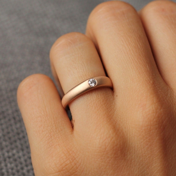 14kr Recycled Signet Style Diamond Ring| Magpie Jewellery