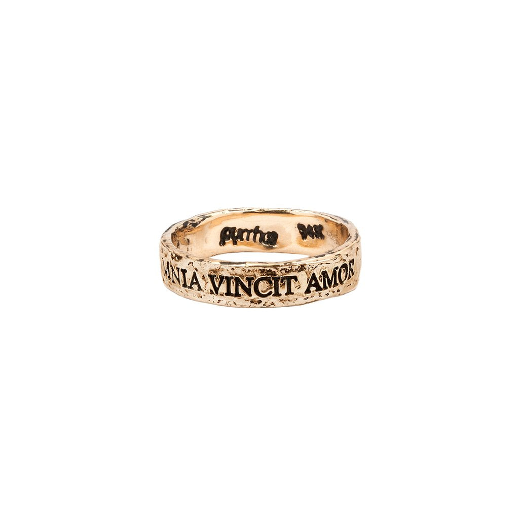 Omnia Vincit Amor 14K Gold Latin Motto Band Ring | Magpie Jewellery