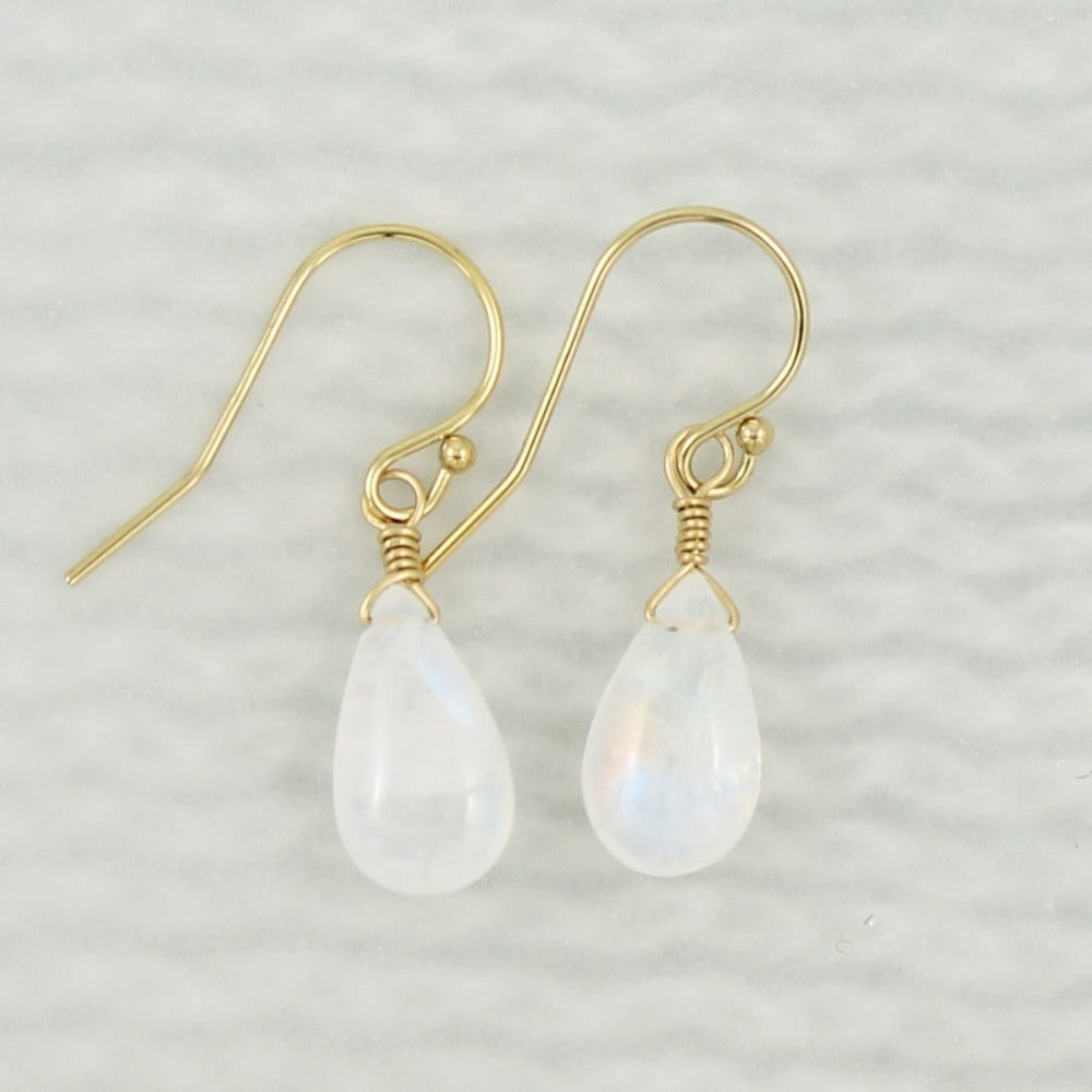 Gemstone Solo Earring | Magpie Jewellery | Yellow Gold | Moonstone