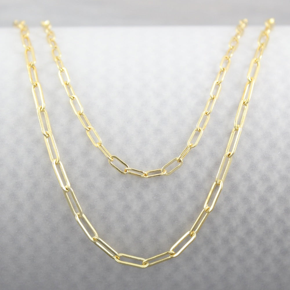 Paperclip Chain | Magpie Jewellery | Yellow Gold | Pictured with Fine Paperclip Chain at Top