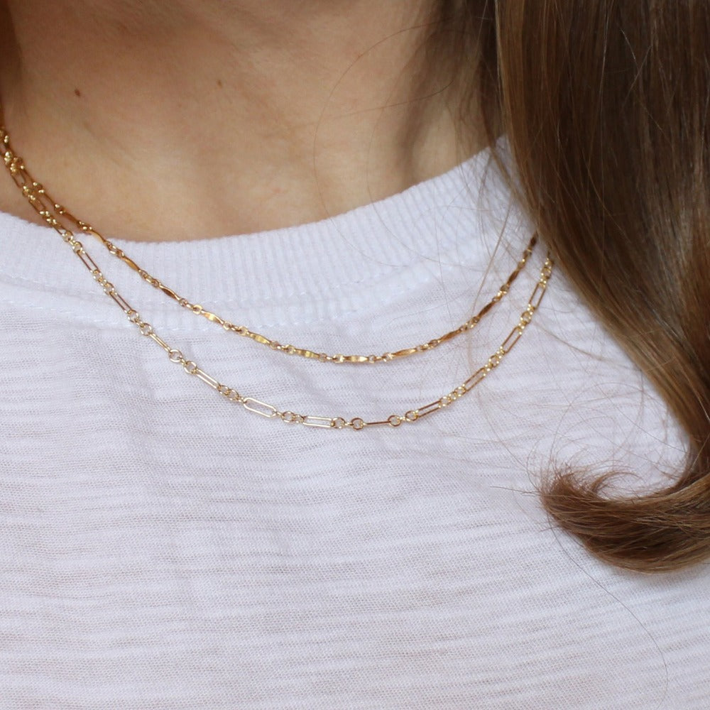 "Long & Short Chain | Magpie Jewellery | Yellow Gold | On Model | Layered 18"" with 16"" Dapped Bar Chain"