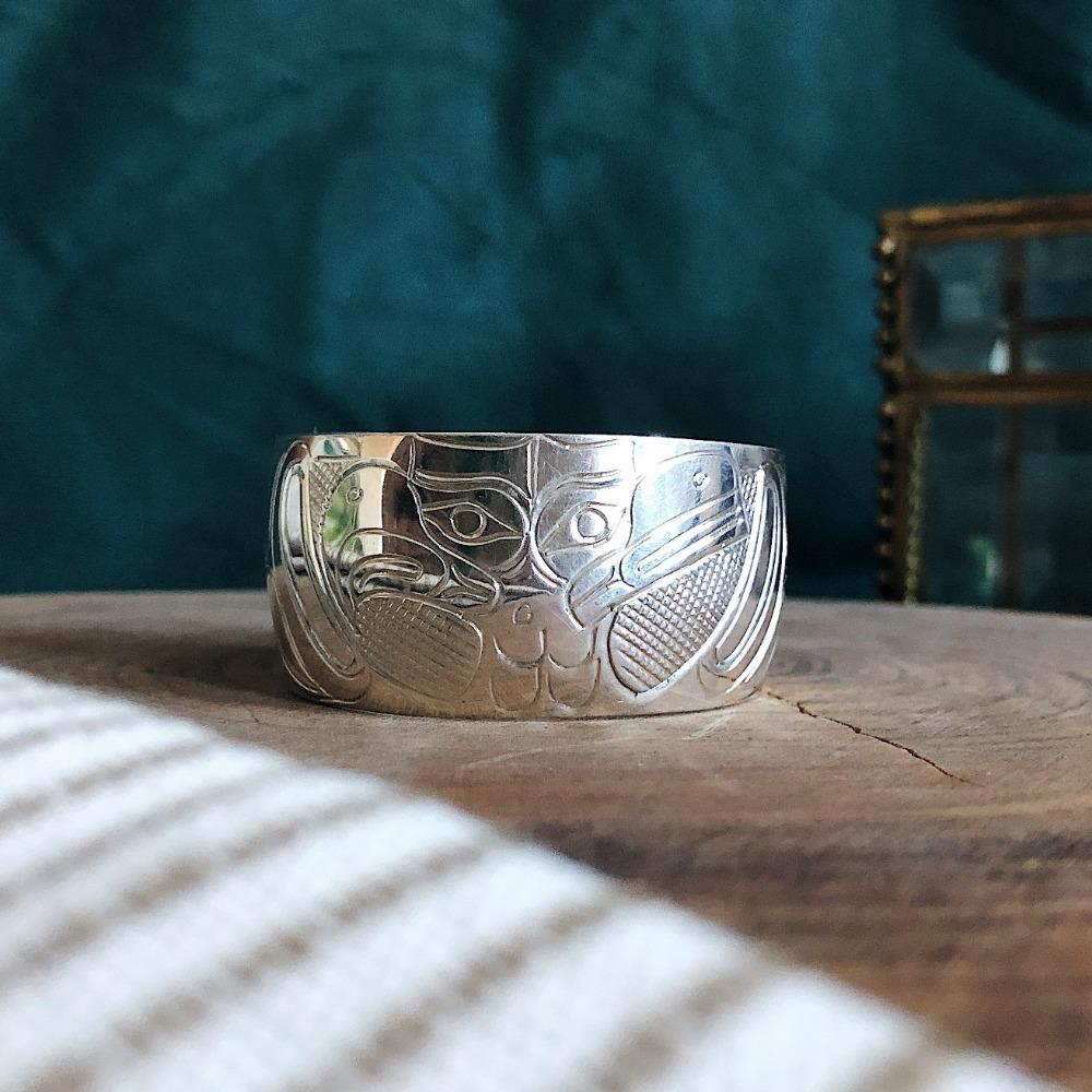 Eagle Facing Raven Wide Cuff