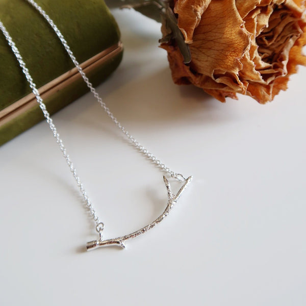 Curved Branch Bar Necklace
