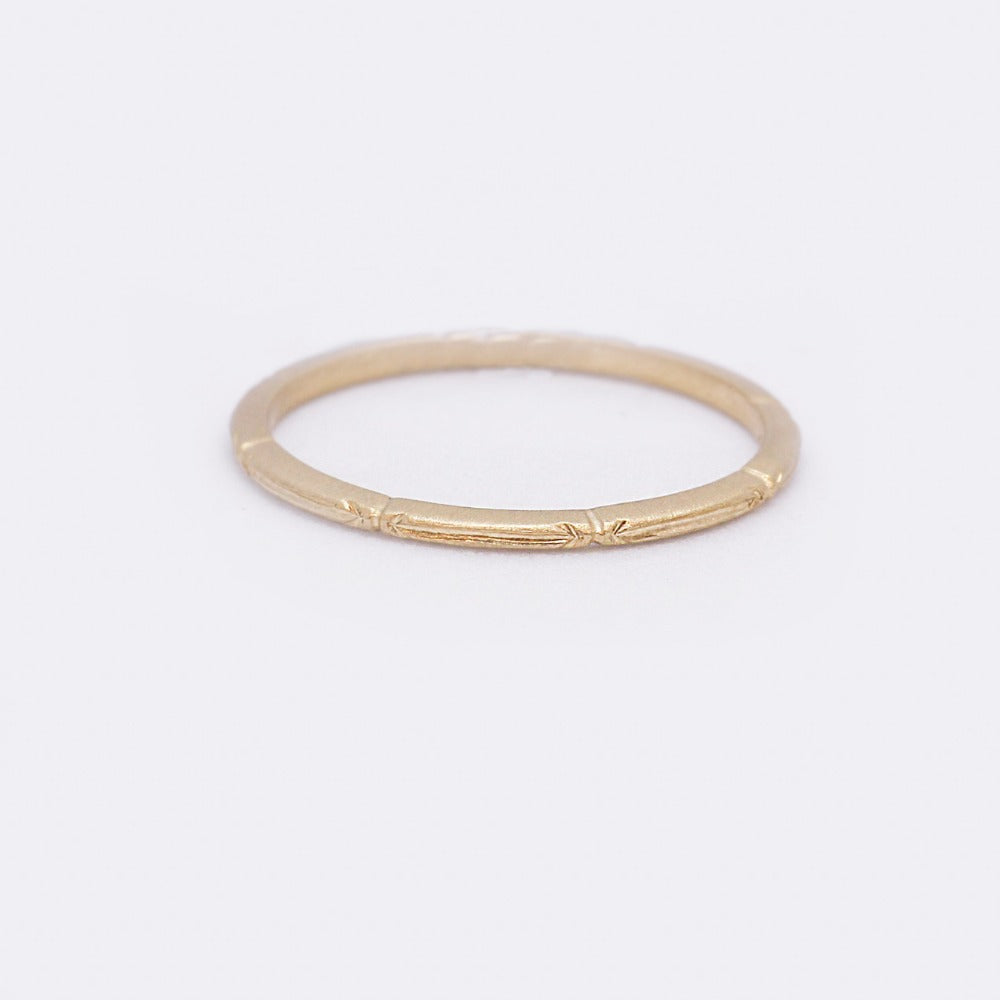 ARROW STACKING BAND Gold | Magpie Jewellery