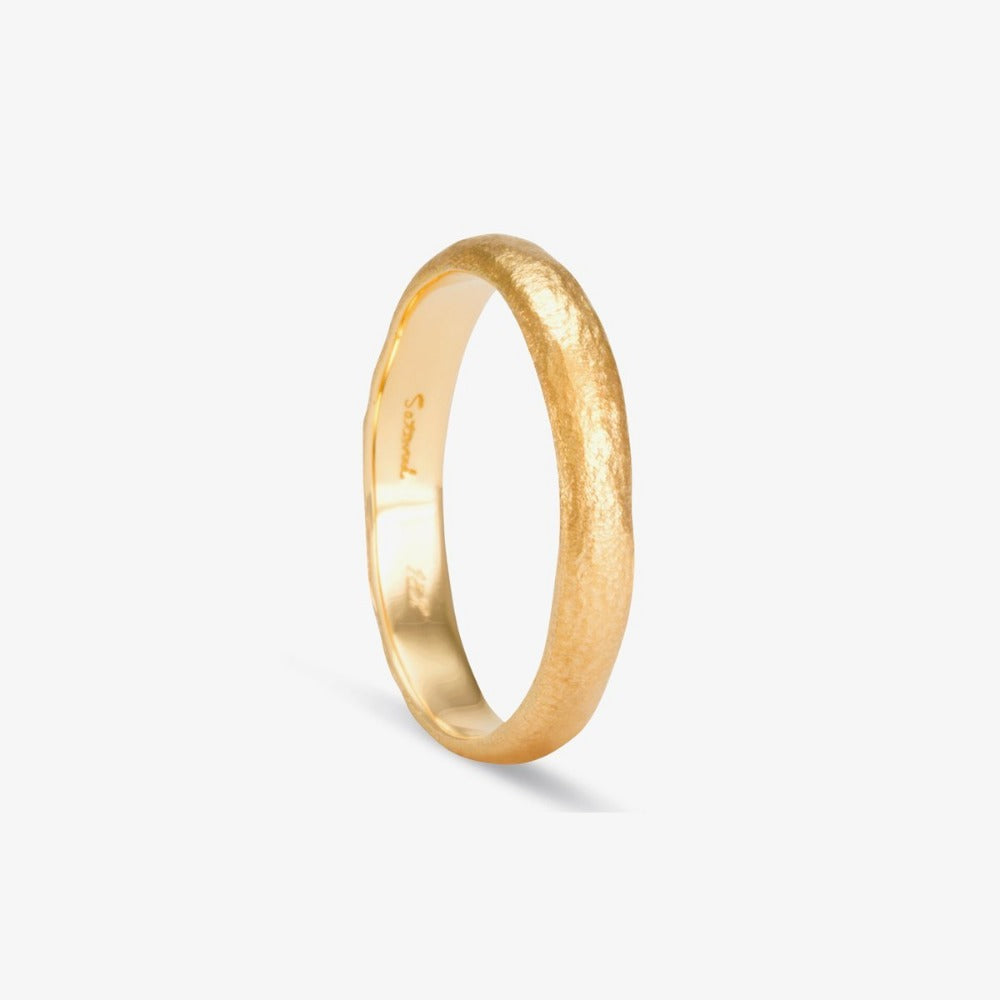 3.6mm Rough Rounded Band YG | Magpie Jewellery