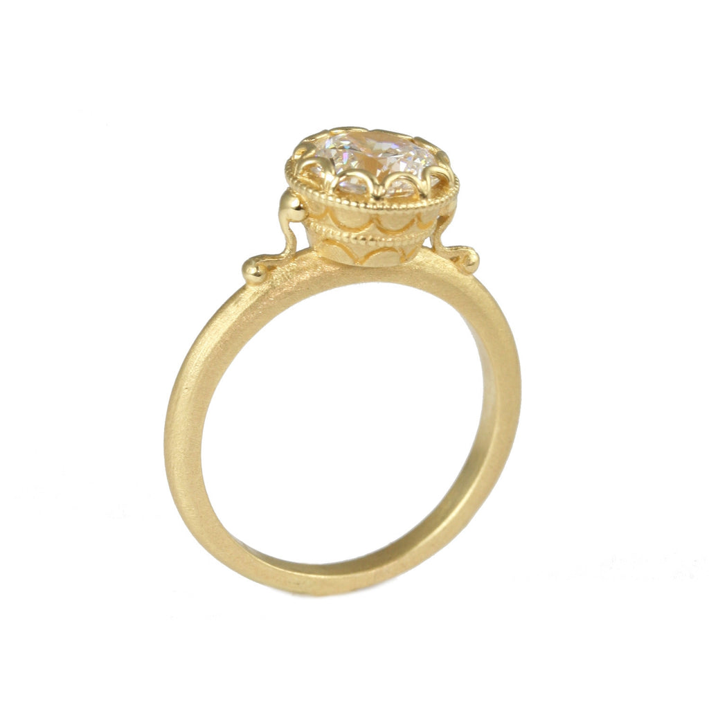 Scalloped Bezel Ring Yellow Gold | Magpie Jewellery