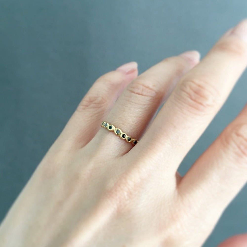 Black Diamond Circle Eternity Band YG | Magpie Jewellery