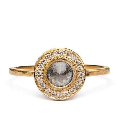 Edged Halo Solitaire