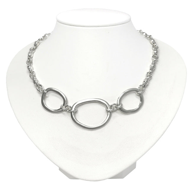 Trio Circlet on Gravelle Chain | Magpie Jewellery