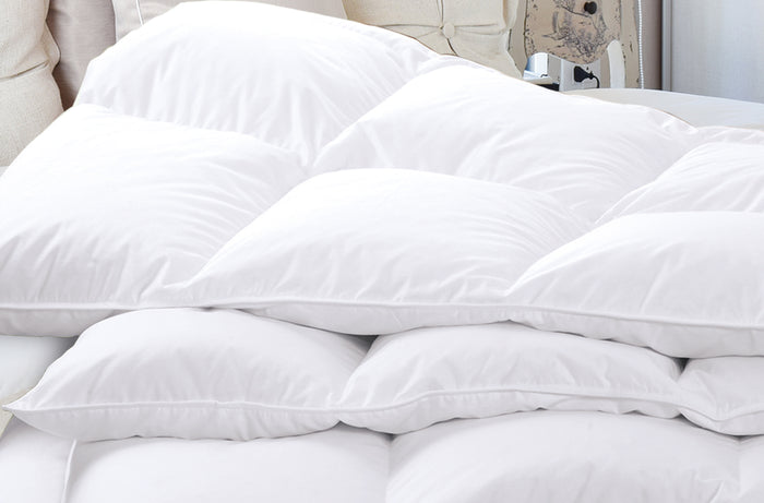 Luxe & Luna™ 600 Fill Power 100% White Duck Down Comforter