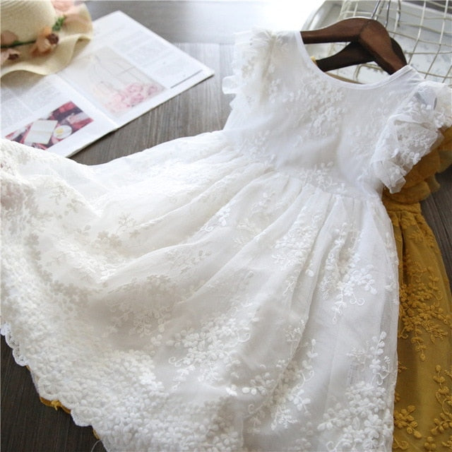 White Lace dress - Size 3 - 8