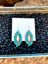 Load image into Gallery viewer, Navajo Oval Turquoise Earrings