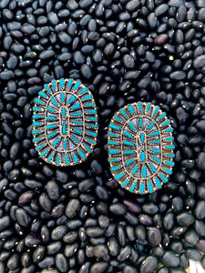 Turquoise Clusters by Violet Begay