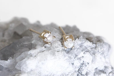 rose cut moonstone studs Earrings Andrea Bonelli