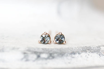 eva gray spinel studs Earrings Andrea Bonelli
