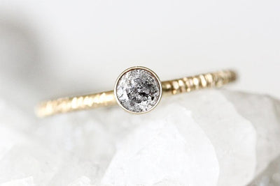 14k salt and pepper diamond avium ring Andrea Bonelli