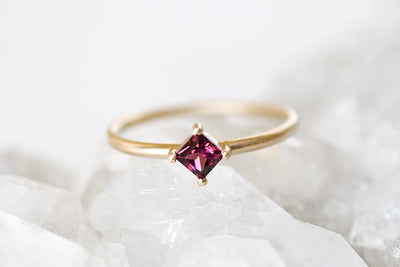 tavi garnet ring Gemstone Rings Andrea Bonelli