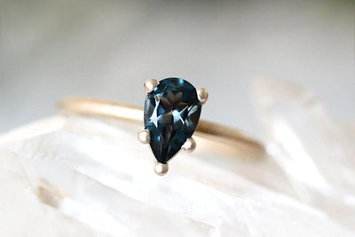 14k isa london blue topaz ring Andrea Bonelli