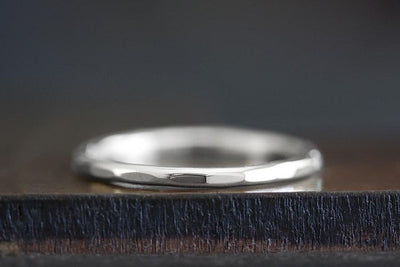 silver hammer facet ring | Andrea Bonelli Jewelry