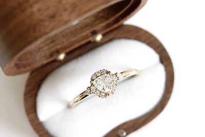 Isobel halo diamond ring Andrea Bonelli