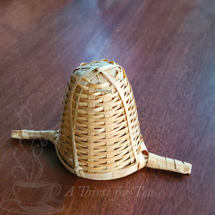 Bamboo tea infuser