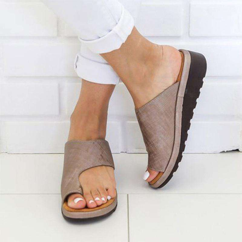 Women Summer Fashion Beach Slippers Leath