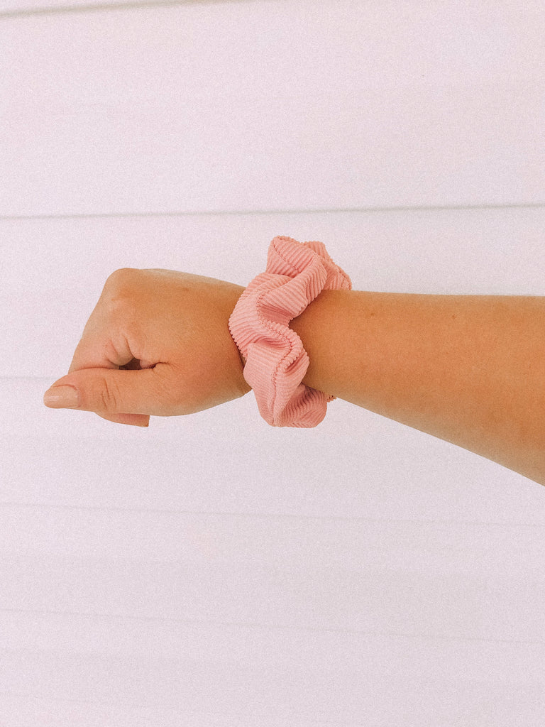 Gardenia Pink Ribbed Scrunchie