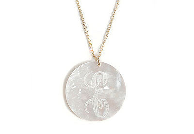 Medium Round Engraved Shell Short Necklace