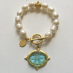 Aqua Venetian Glass Bee Intaglio on Genuine Freshwater Pearl Bracelet
