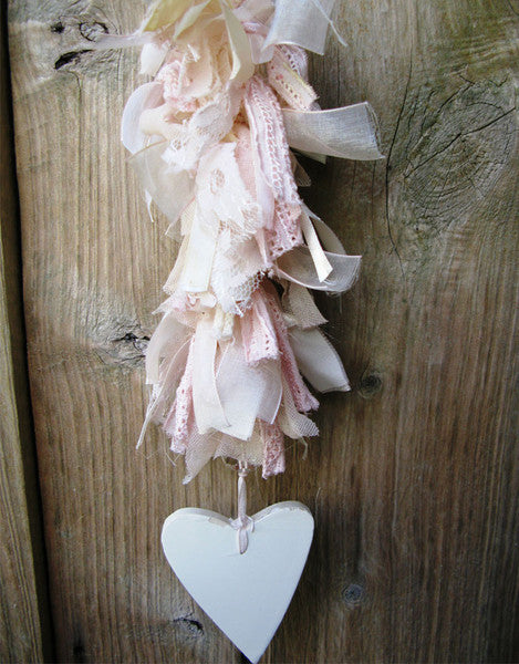 Tattered Wooden heart pink