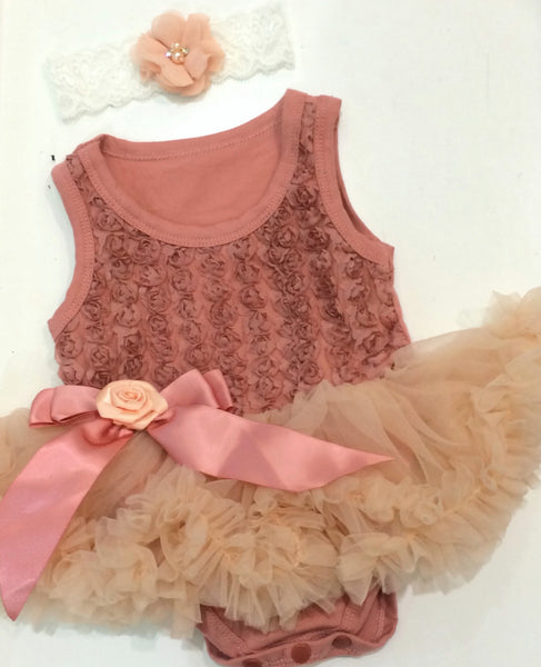 Tea rose pettiromper