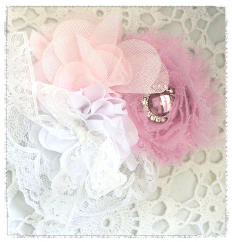 White & pink vintage hair clip