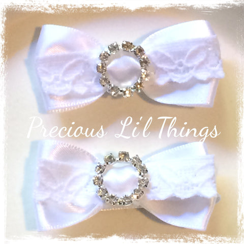 white or ivory lace bow clip