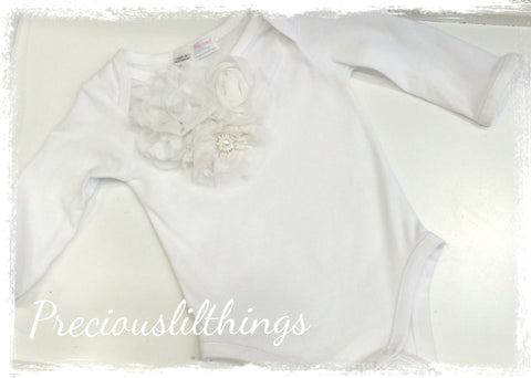 White baby long or short sleeve onesie romper