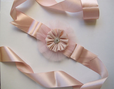 Pink sash with flower. Sash02