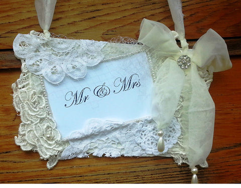 Lace Wedding sign 'Mr & Mrs'
