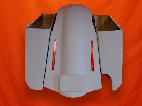 Harley Davidson 5″ Stretched Saddlebags Right Cut Out – LED Fender No Lids