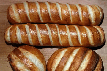 bread_with_cuts_through
