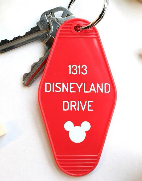disneyland | key tag