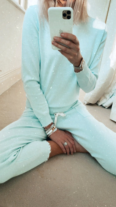 Frayed Cuff Lounge Pants in Ariel