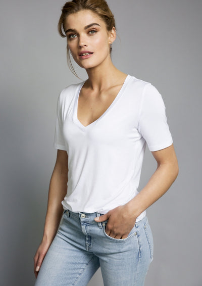 Lucy Nagle white v-neck t-shirt