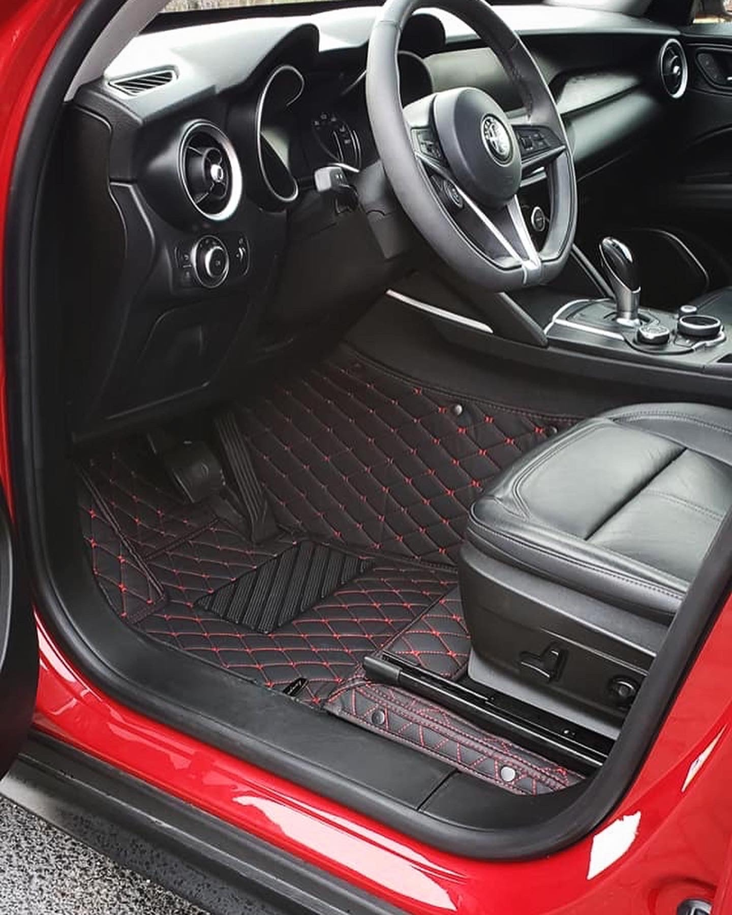 Black and Red Diamond Stitching Front and Rear Mats