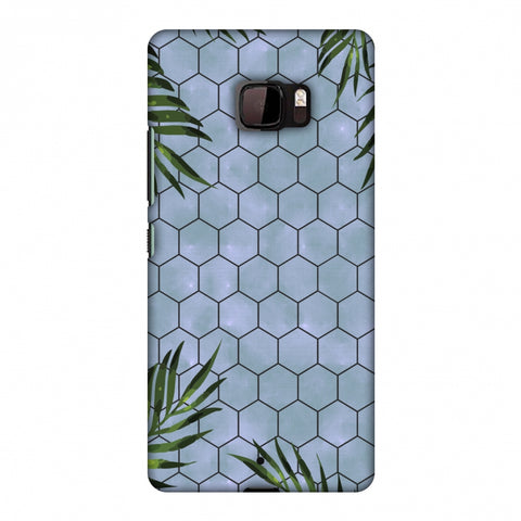 Ferns Over Honeycomb - Pale Blue Slim Hard Shell Case For HTC U Ultra