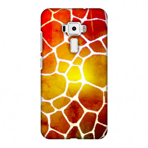 Giraffe - White Brushed Scales With Organic Burnt Watercolour Slim Hard Shell Case For Asus Zenfone 3 ZE520KL