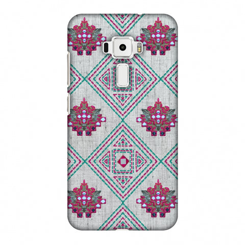 Kantha And Gujarati Mirrorwork Geometrics - Maroon And Beige Slim Hard Shell Case For Asus Zenfone 3 ZE520KL