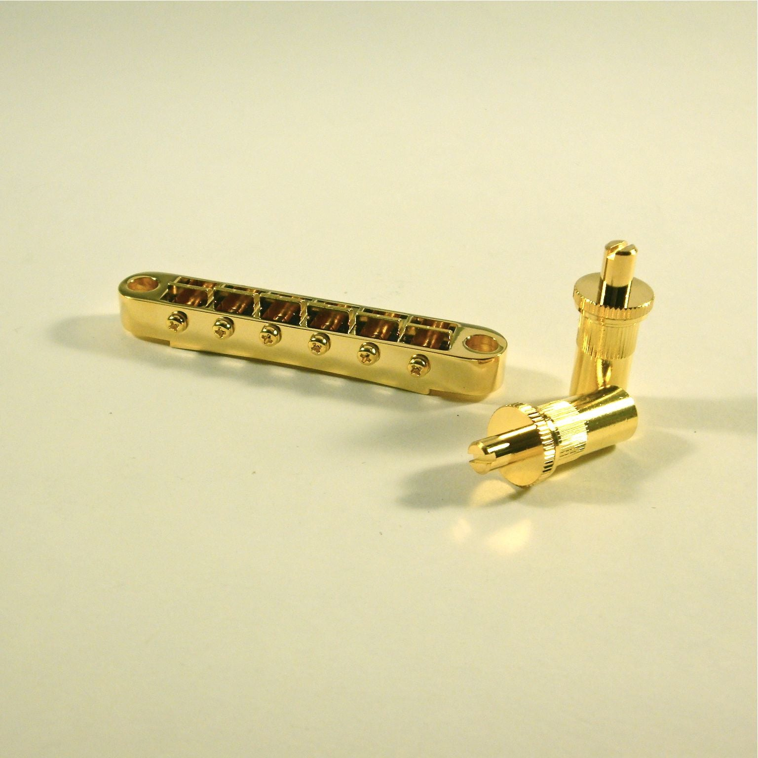 Gotoh Tune-o-matic bridge, with large studs and bushings