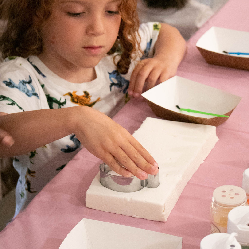 Thanksgiving Marshmallow Decorating Kids Class November 18th 4-5pm