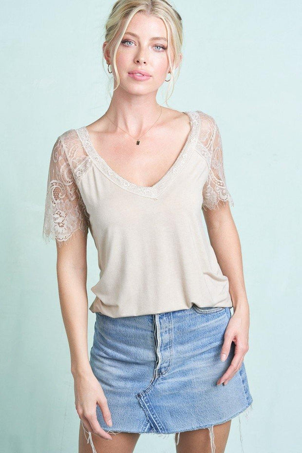 Scalloped Lace Short Sleeves V Neck Top