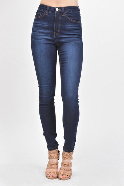 High-Waisted Slim Jean