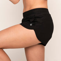 Modibodi Running Shorts Black Light-Moderate |ModelName:Tiffany S/10